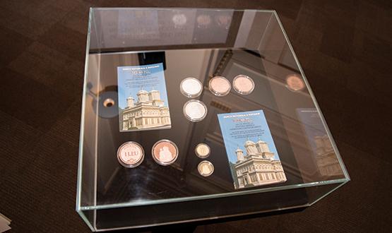 Lansare carte şi apariţie numismatică cu ocazia împlinirii a 500 de ani de atestare a mănăstirii Curtea de Argeş – B.N.R.