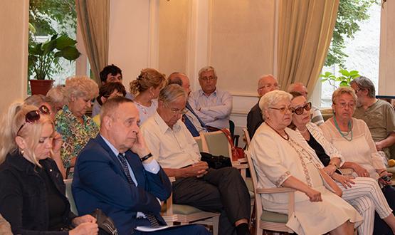 """Lansare de carte """"Patrimoniul cultural național între lege și fărădelege"""" de prof. univ. dr. Ioan OPRIȘ"""